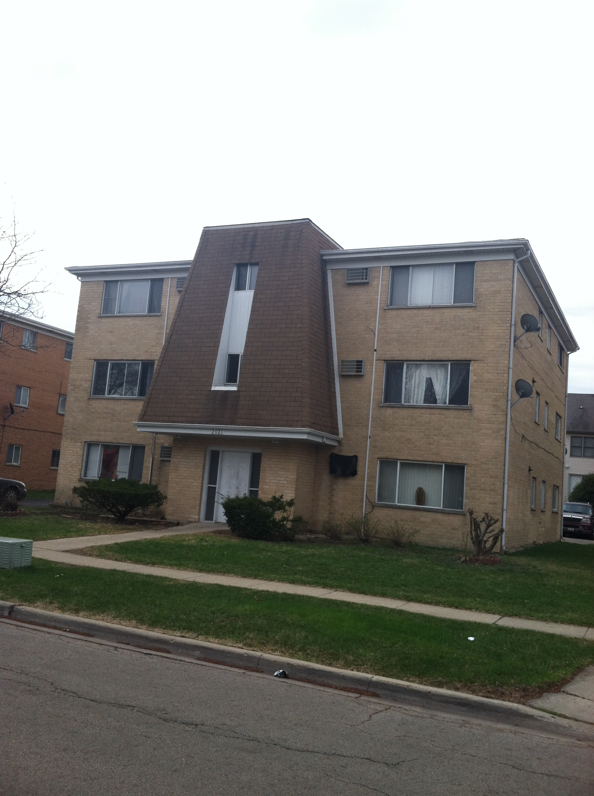 previously managed 6 unit apartment building in hanover park